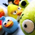 На чем зарабатывают Angry Birds?