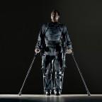 Экзоскелет от Ekso Bionics для людей с ограниченными возможностями