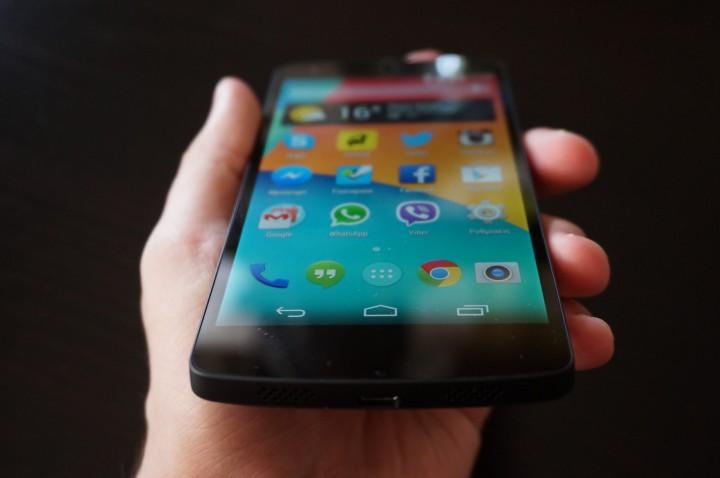 Смартфон Google Nexus 5