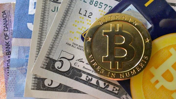 9227-bitcoin-money